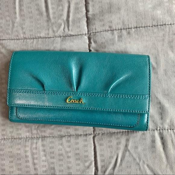 Coach Handbags - Coach Vintage Turquoise Blue Leather Wallet